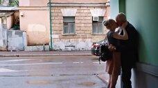 1. Поцелуй с Аленой Михайловой – Люби их всех