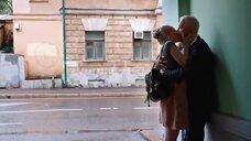 Поцелуй с Аленой Михайловой