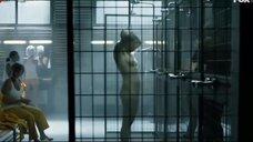 Общественный душ в тюрме