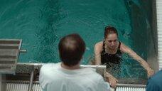 4. Виктория Исакова задерживает дыхание в бассейне – Один вдох
