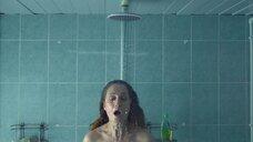 10. Виктория Исакова под душем – Один вдох