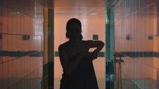 2. Виктория Исакова под душем – Один вдох
