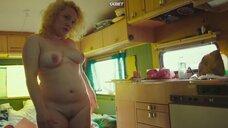 Luise Nes позирует полностью голой