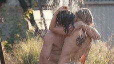 Совместный душ с Верле Батенс на улице