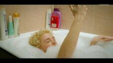 3. Анастасия Талызина в прямом эфире с ванны – Патриот