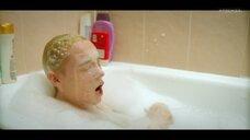 4. Анастасия Талызина в прямом эфире с ванны – Патриот