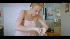 2. Анастасия Талызина в полотенце – Патриот
