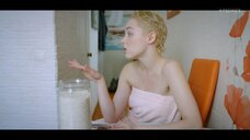 6. Анастасия Талызина в полотенце – Патриот