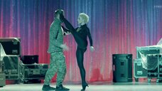 5. Анастасия Талызина в обтягивающем костюме – Патриот