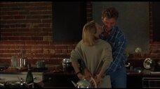 1. Интимная сцена с Келли Роуэн – Кэндимэн 2: Прощание с плотью