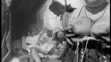 5. Лысая женщина с голой грудью – Трудно быть богом (2013)