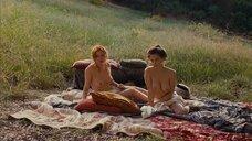 Криста Тере и Солен Риго позируют голыми