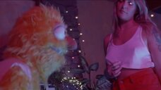 Горячая Туве Лу в клипе Disco Tits