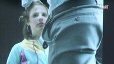 4. Девушка делает минет на видео – Код 37: Отдел секс-преступлений