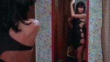 3. Грета Блэкберн в сексуальном платье – Смертельная вражда