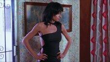 7. Грета Блэкберн в сексуальном платье – Смертельная вражда