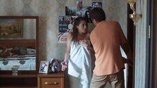 Ольга Веникова в полотенце