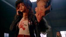Рианна и Рэйчел Робертс оголились в клипе Bitch Better Have My Money