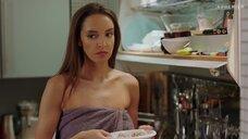 Татьяна Храмова в полотенце