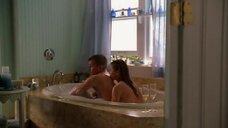 2. Эро сцена с Никки Кокс в ванне – Лас Вегас