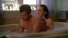 4. Эро сцена с Никки Кокс в ванне – Лас Вегас