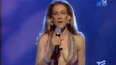 3. Сара Джессика Паркер в откровенном платье на MTV Movie Awards 2000