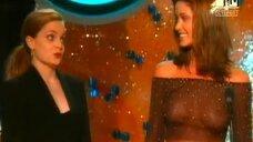 Элизабет Шеннон засветила грудь на MTV Movie Awards 2001