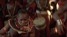 6. Танец женщины топлес из племени – Шина – королева джунглей