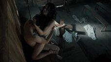 1. Секс сцена с Матильдой Дэй – Касл-Рок