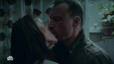 Страстный поцелуй с Елизаветой Боярской