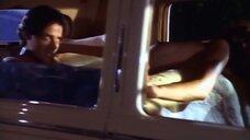 5. Секс с Андреа Риаве в машине – Дневники «Красной туфельки»