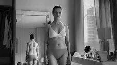 2. Виктория Исакова в белье – Нежность