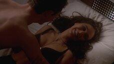 Секс сцена с Эммануэль Шрики