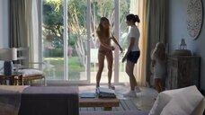 1. Голая грудь Анны Унтербергер – О чем мы мечтаем