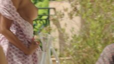 5. Захия Дехар оголила грудь – Мое прекрасное лето с Софи