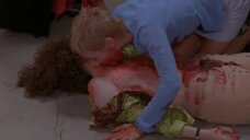 Кровавая сцена с Робертой Хэнли