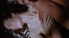 Секс сцена с Челси Филд