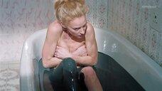 Горячая сцена с Светланой Ходченковой в ванной