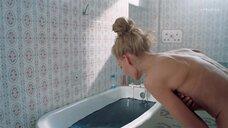 6. Горячая сцена с Светланой Ходченковой в ванной – Любовь без размера