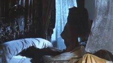 Откровенная сцена с Шерон Стоун