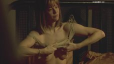 4. Голая грудь Мег Райан – Темная сторона страсти