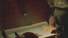 2. Обнаженная Мег Райан в ванне – Темная сторона страсти