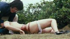 13. Сцена изнасилования Рэи Окамото – Нападение Джека-потрошителя