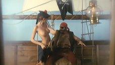 3. Полностью голая Моник Габриэль удовлетворяет пирата – Чёрная Венера