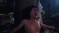 Лана МакДональд засветила голую грудь