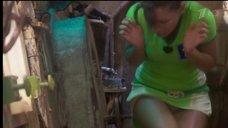 2. Екатерина Волкова засветила белые трусики в шоу «Форт Боярд»