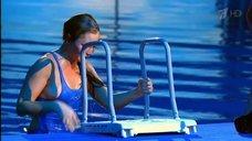 7. Прыжок Даны Борисовой в воду в шоу «Вышка»