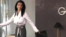 3. Соски Екатерины Стриженовой просматриваются сквозь блузку – Летом я предпочитаю свадьбу