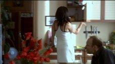 3. Екатерина Стриженова в белом платье с глубоким вырезом – Побег