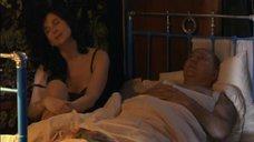 1. Екатерина Стриженова в черной ночнушке – У каждого своя война